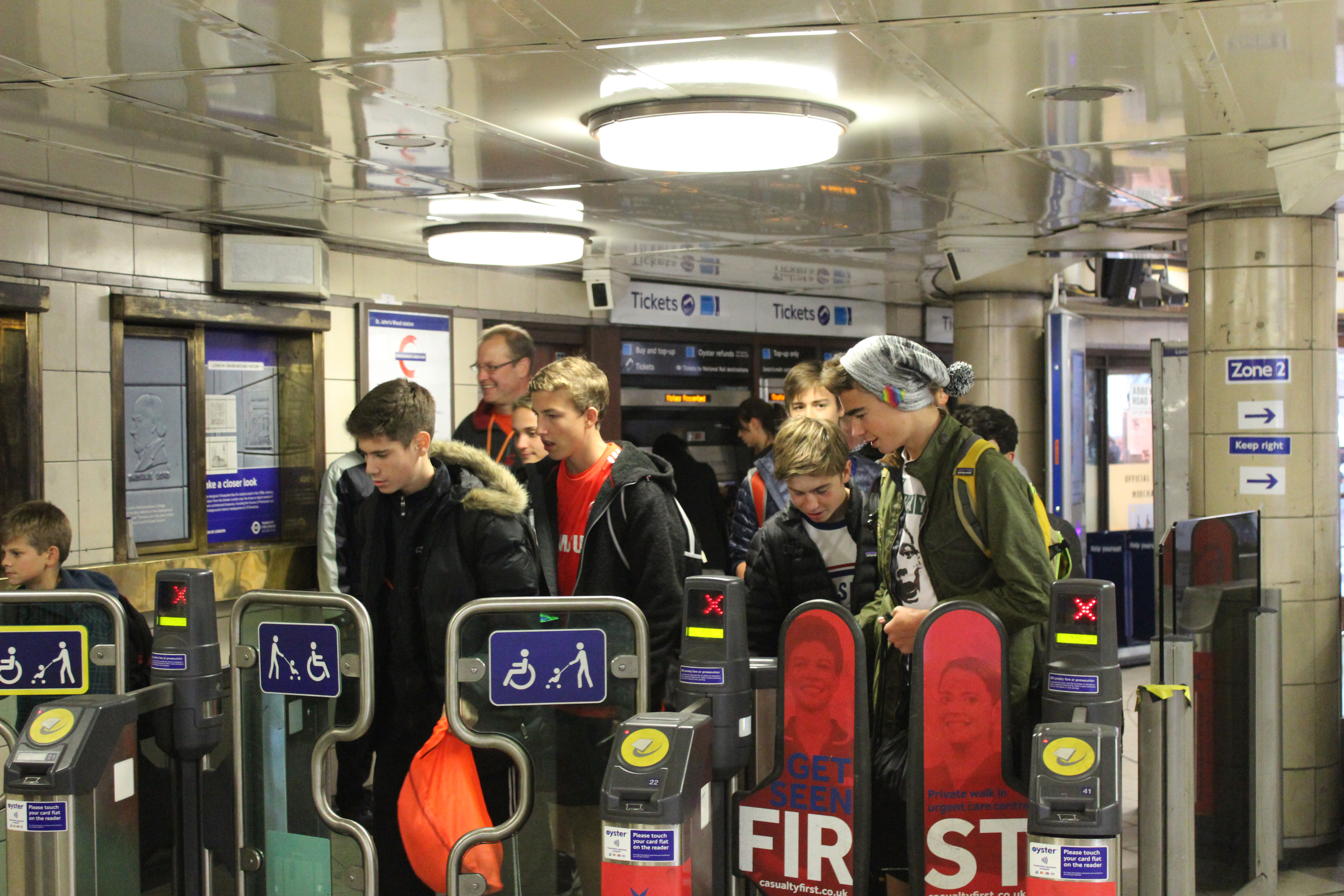 Travel transition from bus to tube