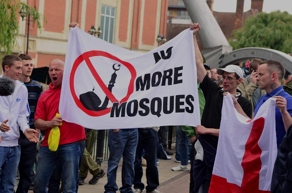 Islamophobia+fuels+IS