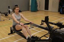 Liv Lueneberger ('21) breaks J-16 10km erg world record