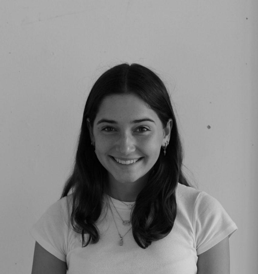 Helen Roth ('21)