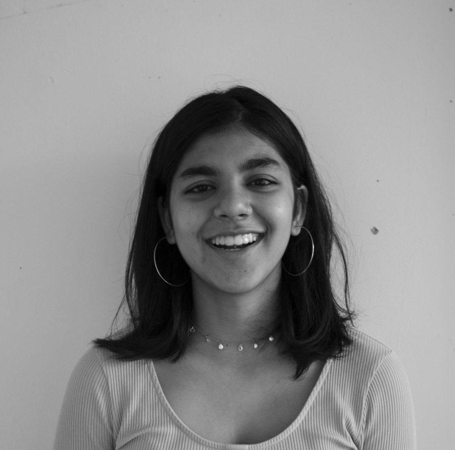 Zainab Adil ('22)