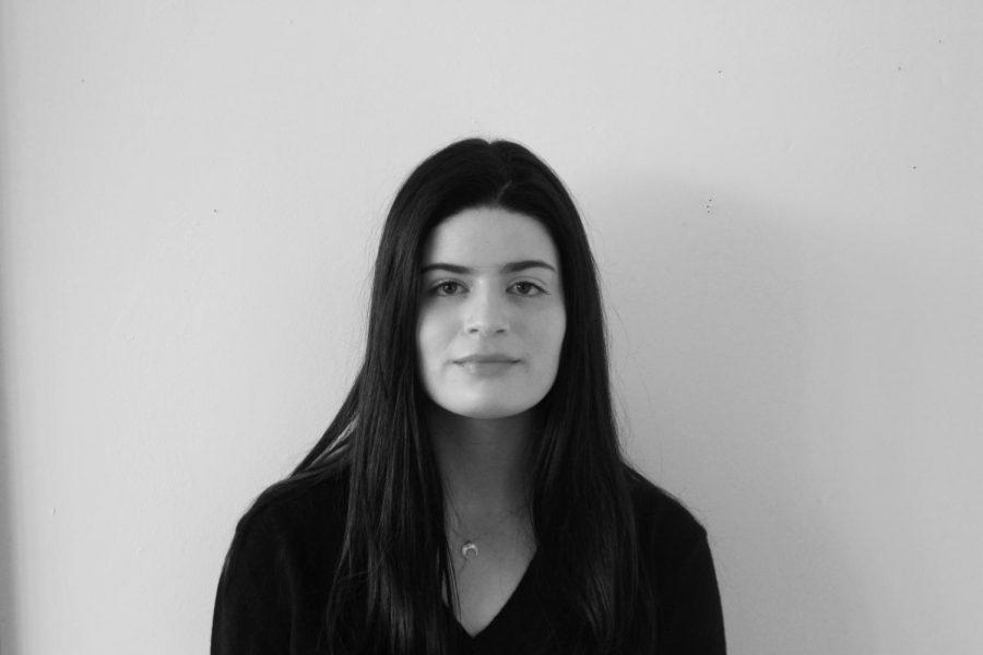 Imogen Weiss ('20)