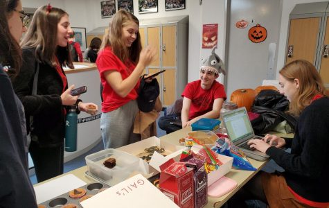Jambalaya hosts annual Jamoween trade