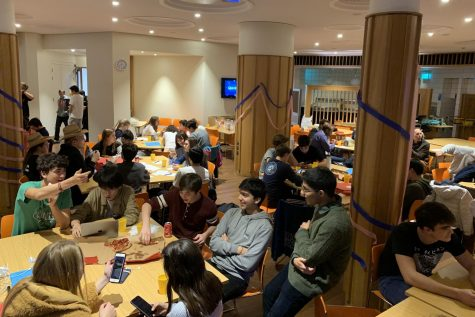Students compete in Quiz Night