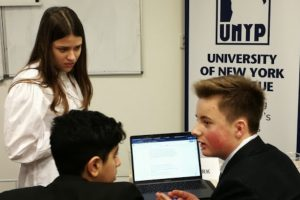 Model UN Team travels to Prague for conference