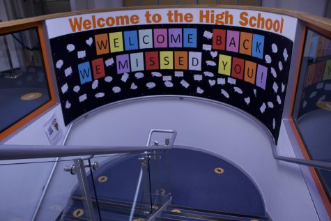 14 new students reflect on their transition to the High School